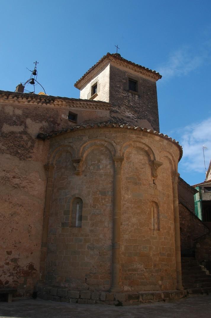 Absis de l'església de Sant Martí de Mura de les Valls del Montcau