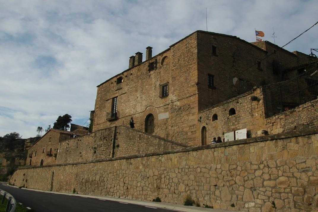 Castell de Talamanca de les Valls del Montcau