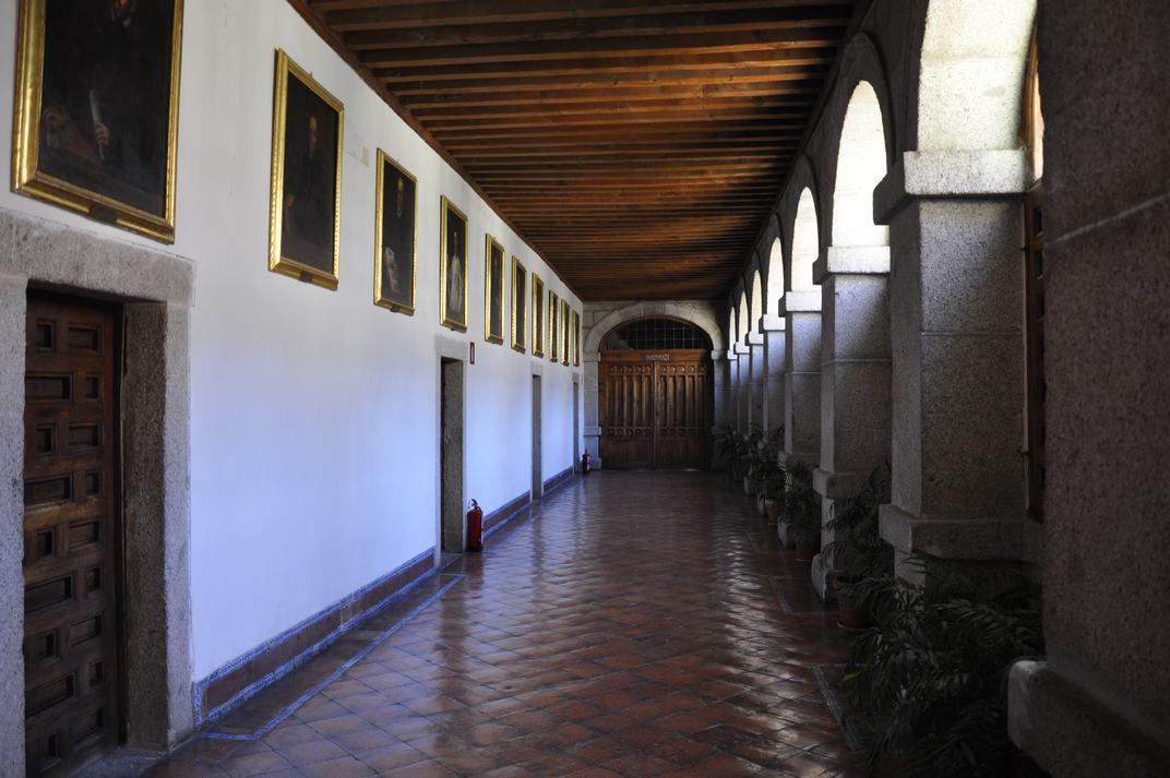 Accés de la Biblioteca del Monestir d'El Escorial de Madrid