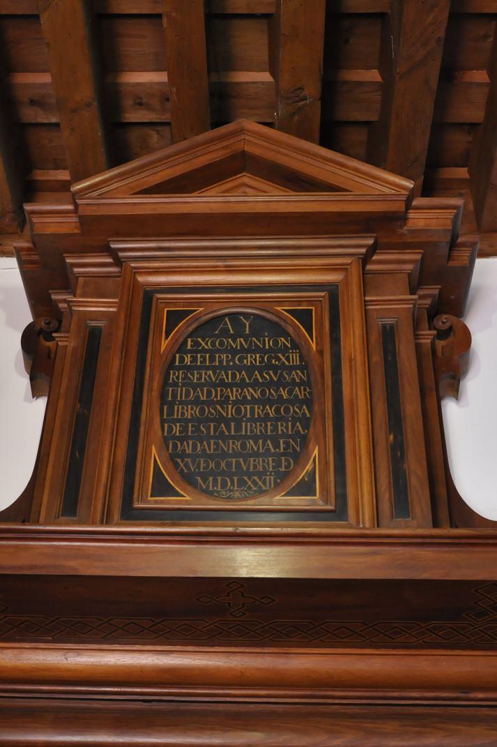 Avís d'excomunió de la Biblioteca del Monestir d'El Escorial de Madrid