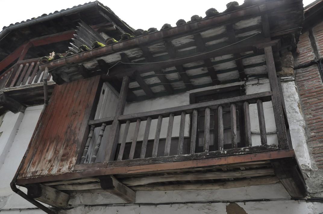 Balconades i baranes de fusta de Candelario
