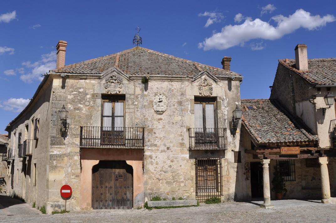 Casa blasonada de la Plaça Major de Pedraza de Segòvia