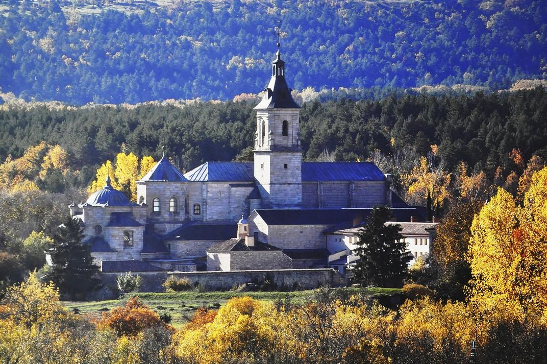 Entorn i situació del Reial Monestir de Santa Maria d'El Paular de Madrid