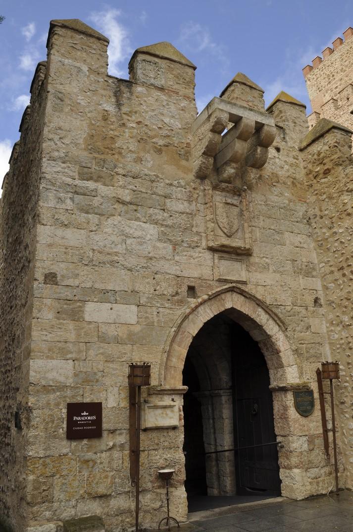 Entrada al Castell d'Enric II de Ciudad Rodrigo de Salamanca