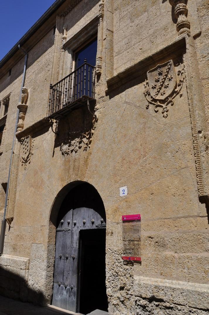 Entrada de la Casa del Águila de Ciudad Rodrigo de Salamanca