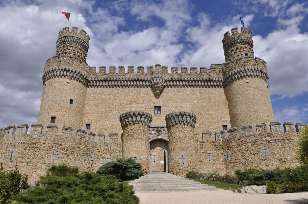 Entrada principal del Castell de Manzanares El Real de Madrid