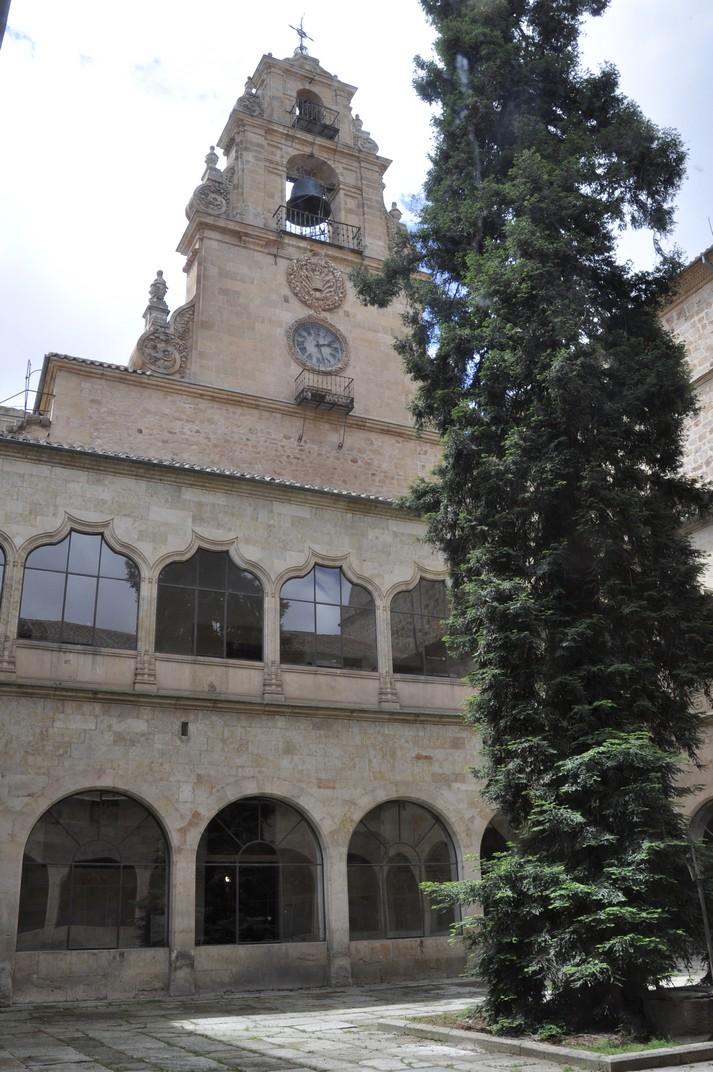 Espadanya de la Reial Capella de Sant Jeroni de la Universitat de Salamanca