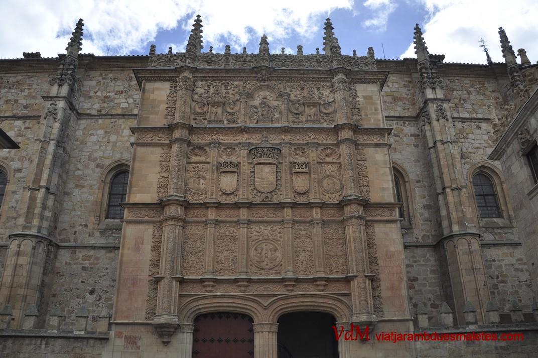 Façana principal de les Escoles Majors de la Universitat de Salamanca