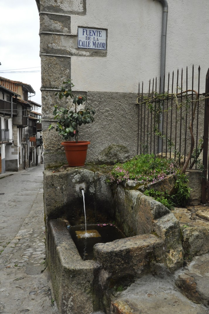 Font del Carrer Major de Candelario