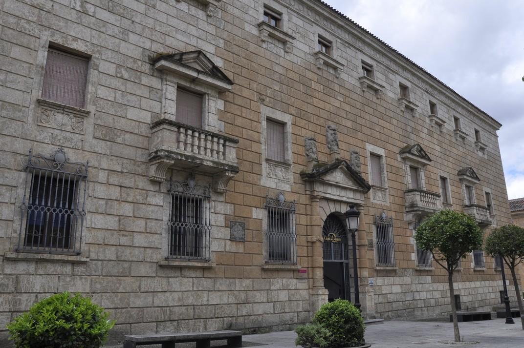 Palau del Conde de Alba de Yeltes de Ciudad Rodrigo de Salamanca