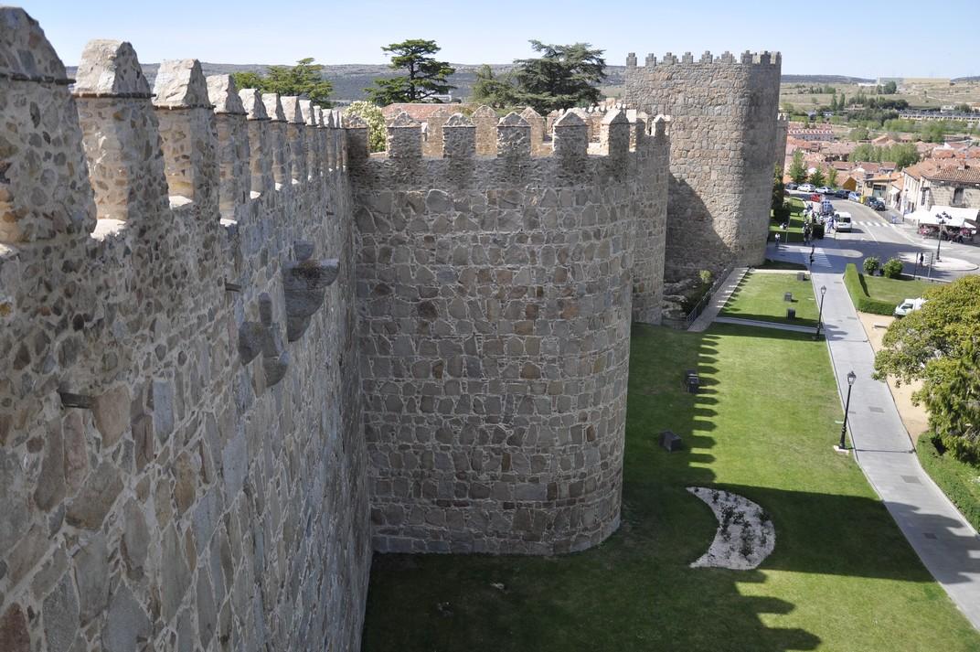 Passeig de la Ronda Vieja de les Muralles d'Àvila