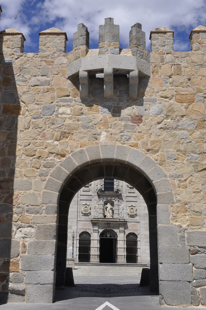 Porta de la Santa de les Muralles d'Àvila