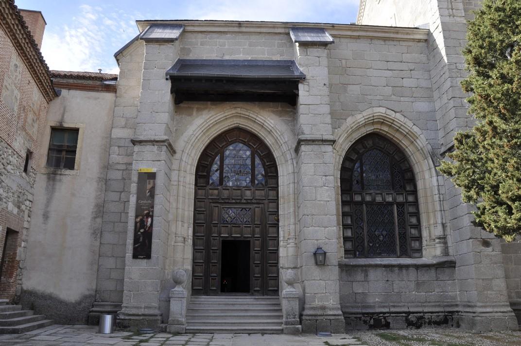 Porta de l'atri del Monestir de Santa Maria d'El Paular de Madrid