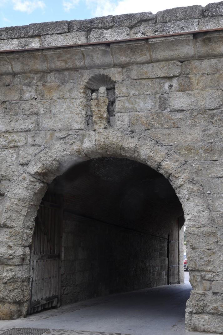 Porta del Conde de Ciudad Rodrigo de Salamanca