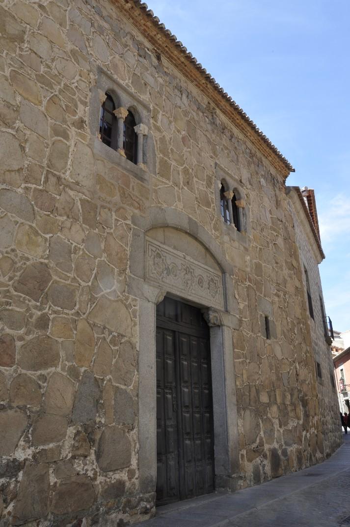 Porta del Palau de los Dávila d'Àvila
