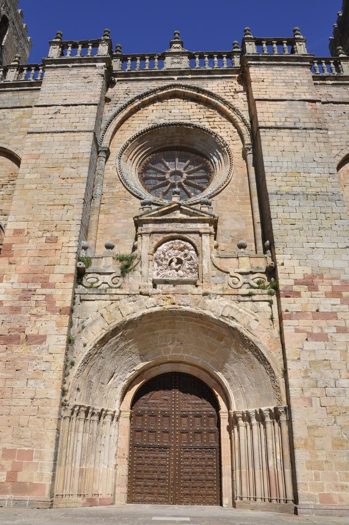 Porta del Perdó de la Catedral de Sigüenza de Castella-La Manxa