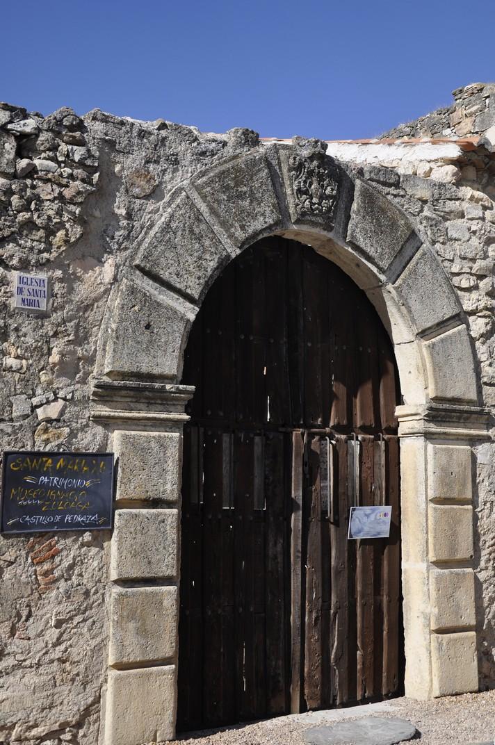 Portada de l'església de Santa Maria de Pedraza de Segòvia