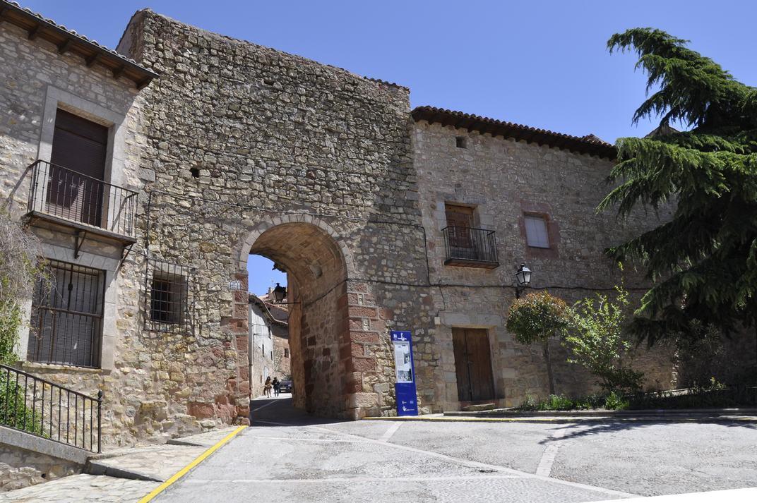 Portal Major de Sigüenza de Castella-La Manxa