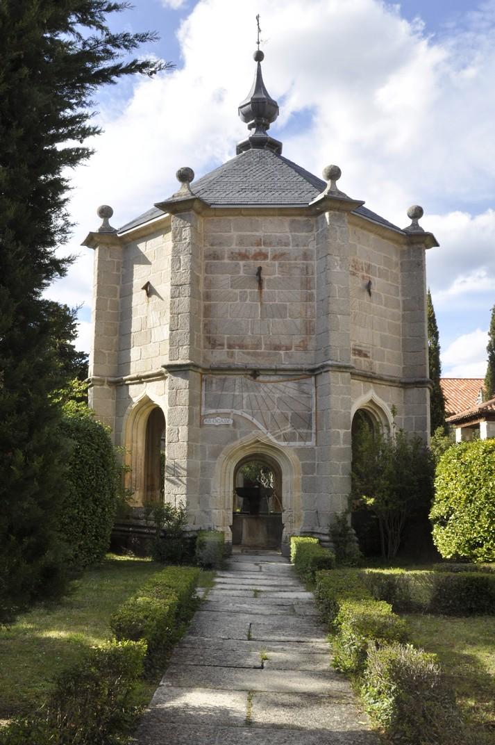 Templet del Claustre del Monestir de Santa Maria d'El Paular de Madrid