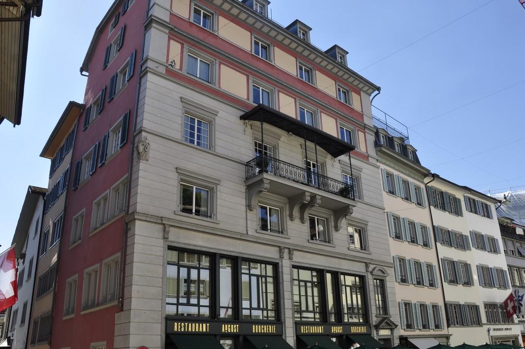 Barri comercial del nucli antic de Zuric