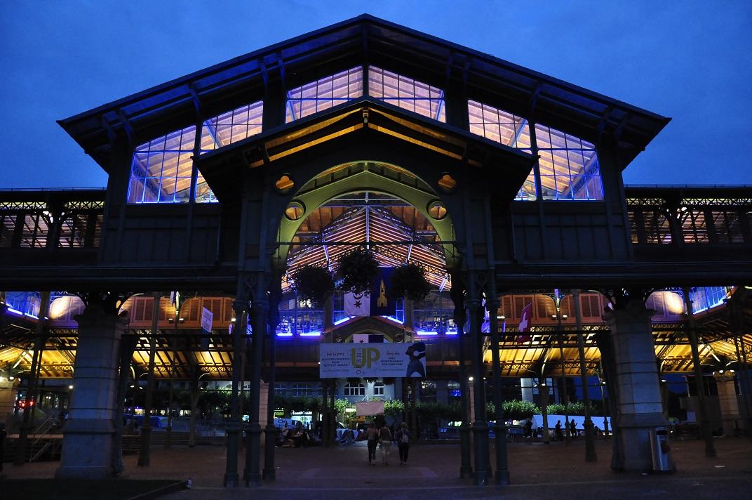 Exterior mercat cobert de Montreux