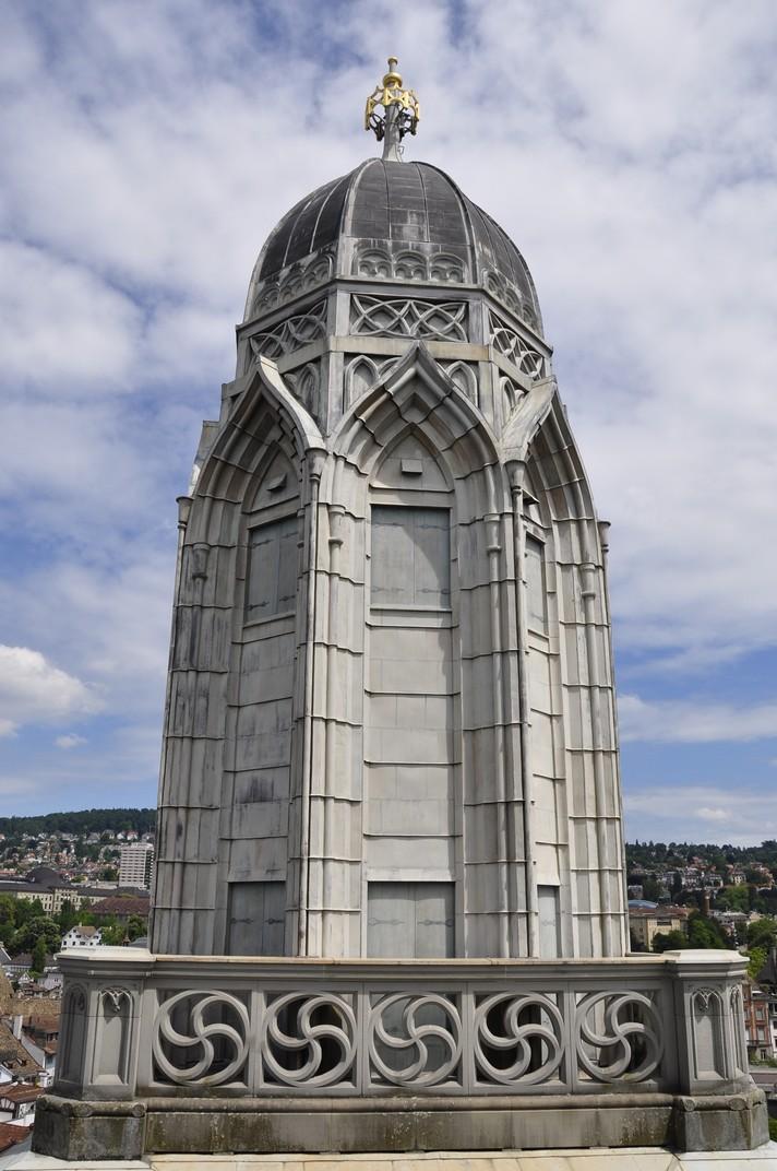 Torre nord de la gran catedral de Zuric