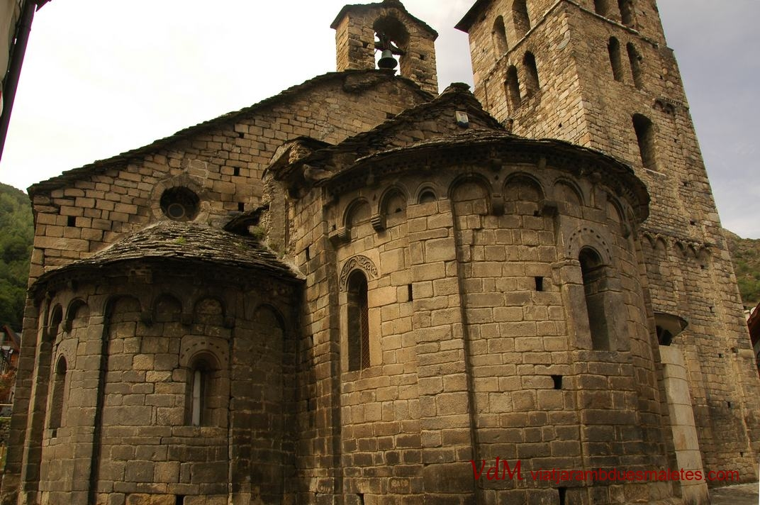 Capçalera de l'església de la Purificació de Bossòst