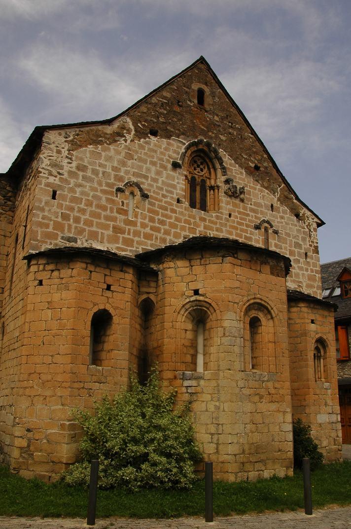Capçalera de l'església de Sant Esteve de Betren