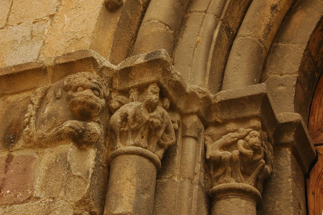 Capitells de la Porta principal de la Catedral de la Seu d'Urgell de Lleida