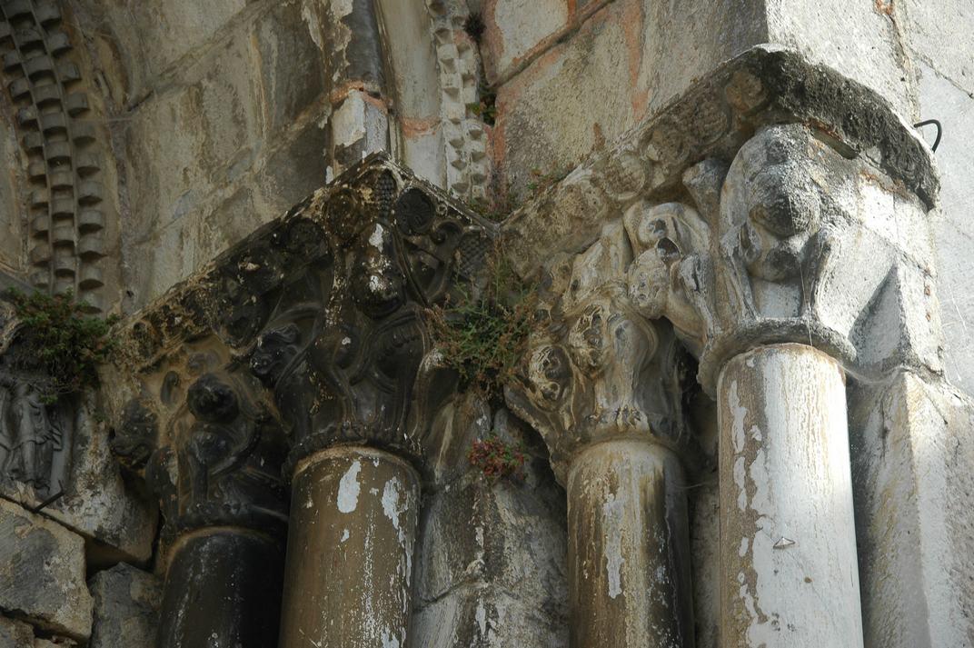 Capitells de la portalada de la Catedral de Santa Maria de-Saint-Bertrand-de-Comminges