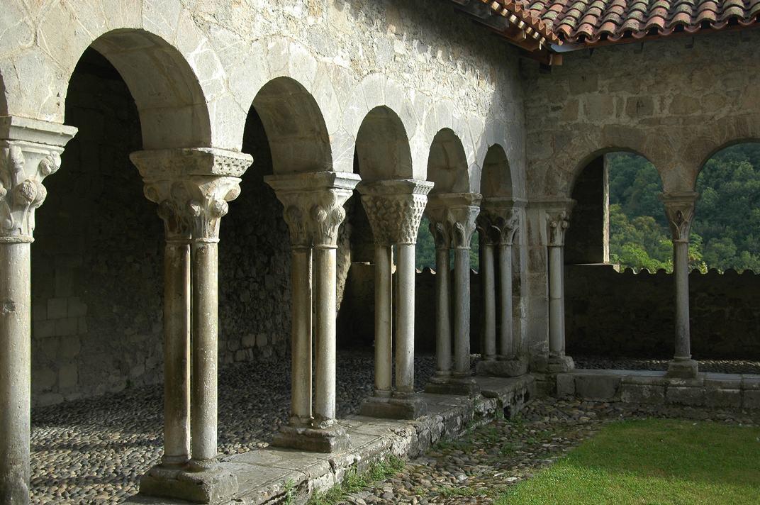 Galeria romànica del claustre de la Catedral de Santa Maria de Saint-Bertrand-de-Comminges