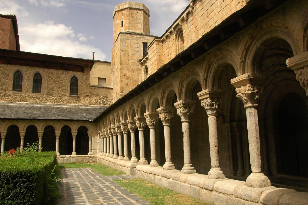 Galeries del claustre de la Catedral de Santa Maria de la Seu d'Urgell