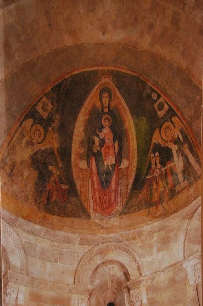 Mare de Déu de l'absis central de l'església de Santa Maria de Cap d'Aran de Tredòs