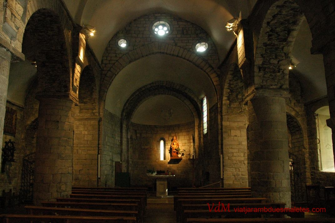 Nau central de l'església de la Purificació de Bossòst