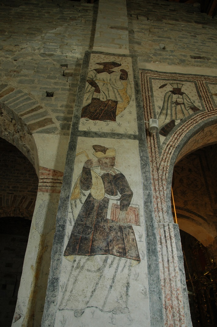 Pintura mural del pilars de l'església de Santa Maria de Cap d'Aran de Tredòs