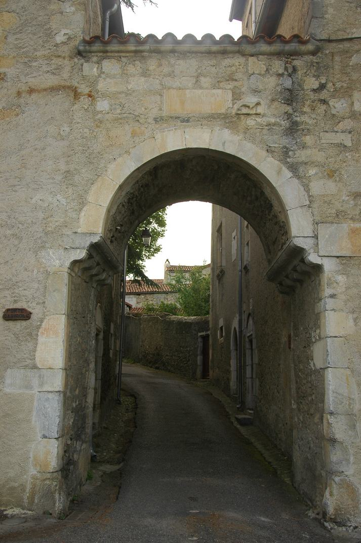 Porta Cabirole de Saint-Bertrand-de-Comminges