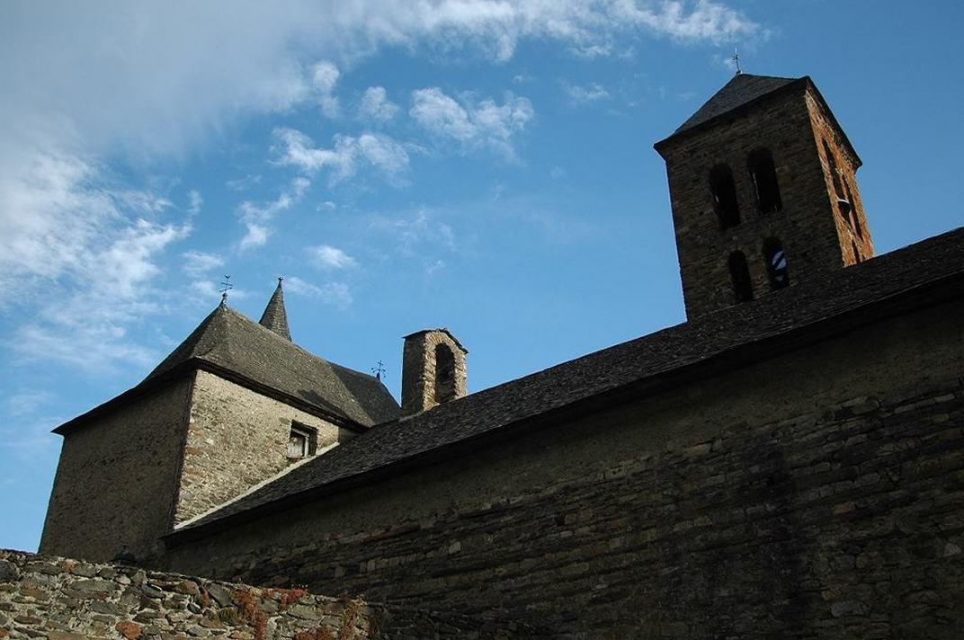 Presbiteri de l'església de Santa Maria de Vilamòs