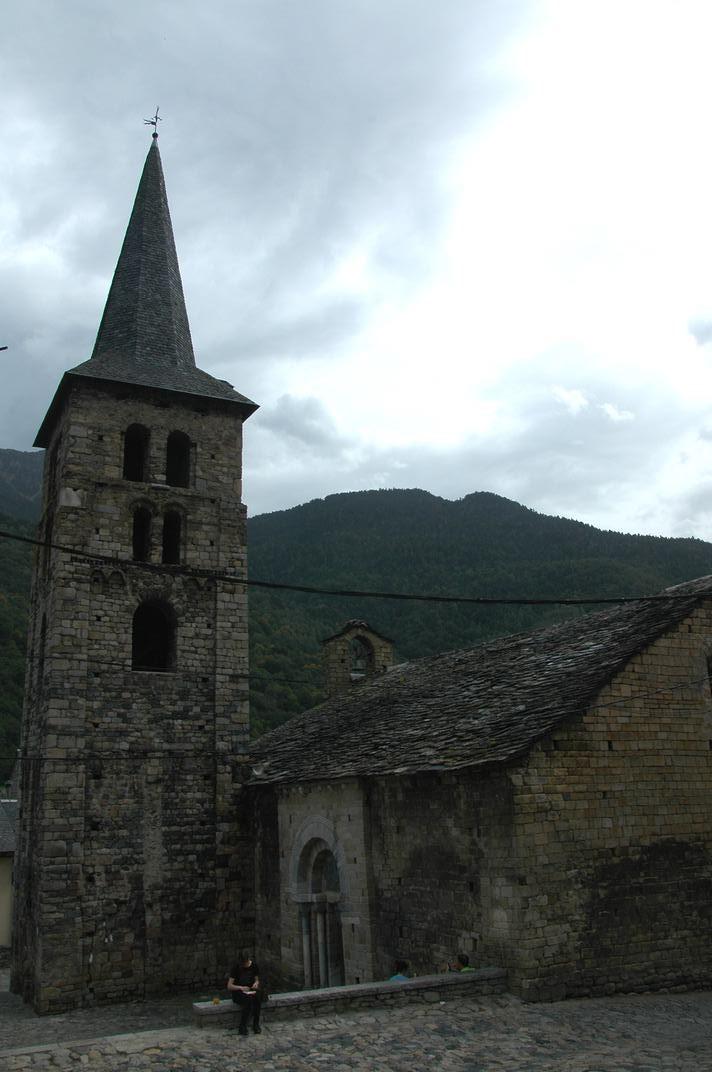 Torre campanar de l'església de la Purificació de Bossòst