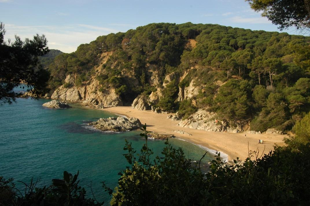 Cala sa Boadella dels Jardins de Santa Clotilde de Lloret de Mar