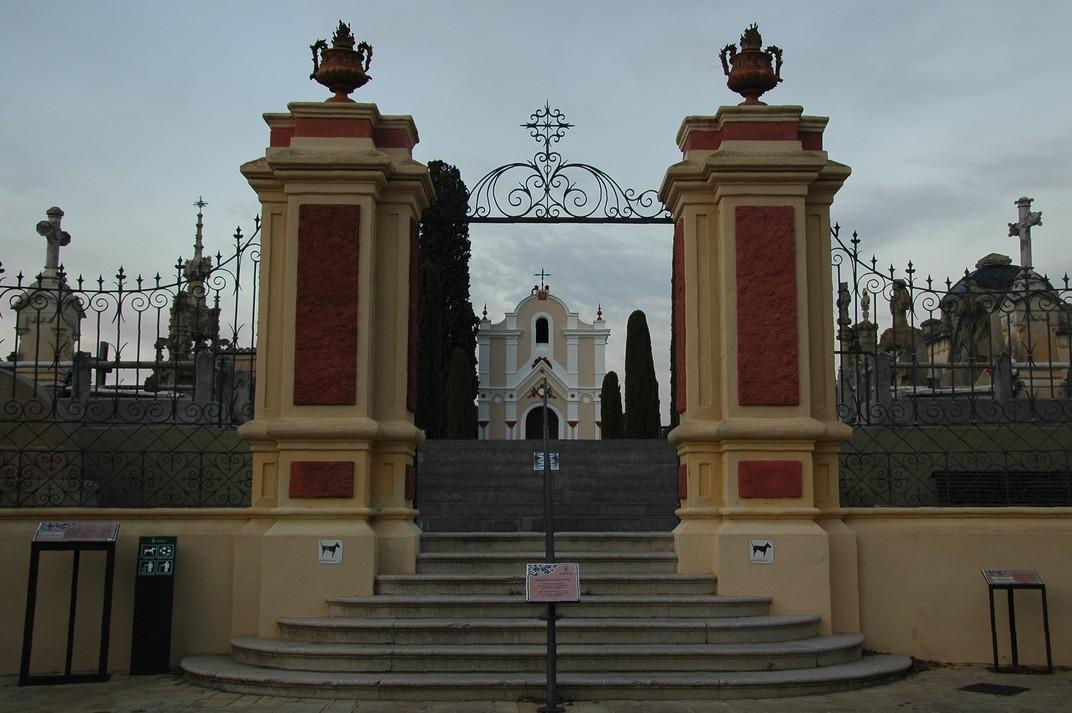 Entrada del Cementiri de Lloret de Mar