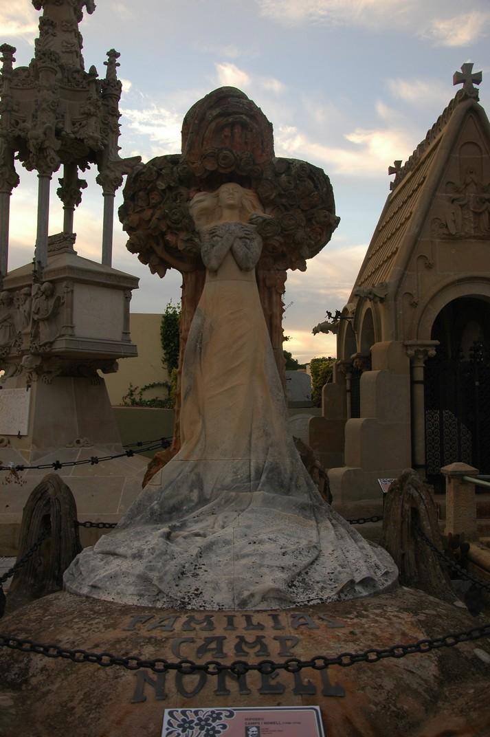 Hipogeus Camps i Nonell del Cementiri de Lloret de Mar