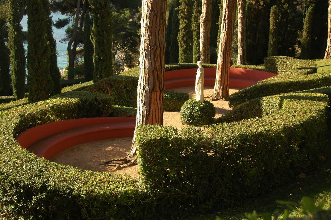 Plaça de la Pineda dels Jardins de Santa Clotilde de Lloret de Mar