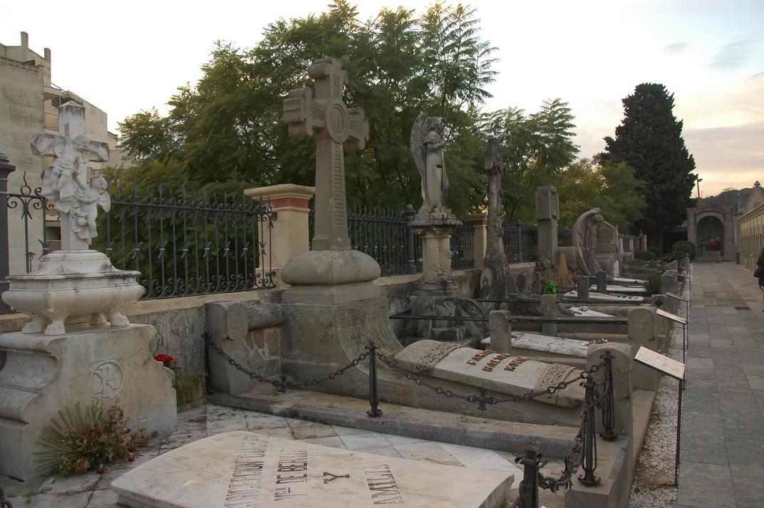 Tombes del Cementiri de Lloret de Mar