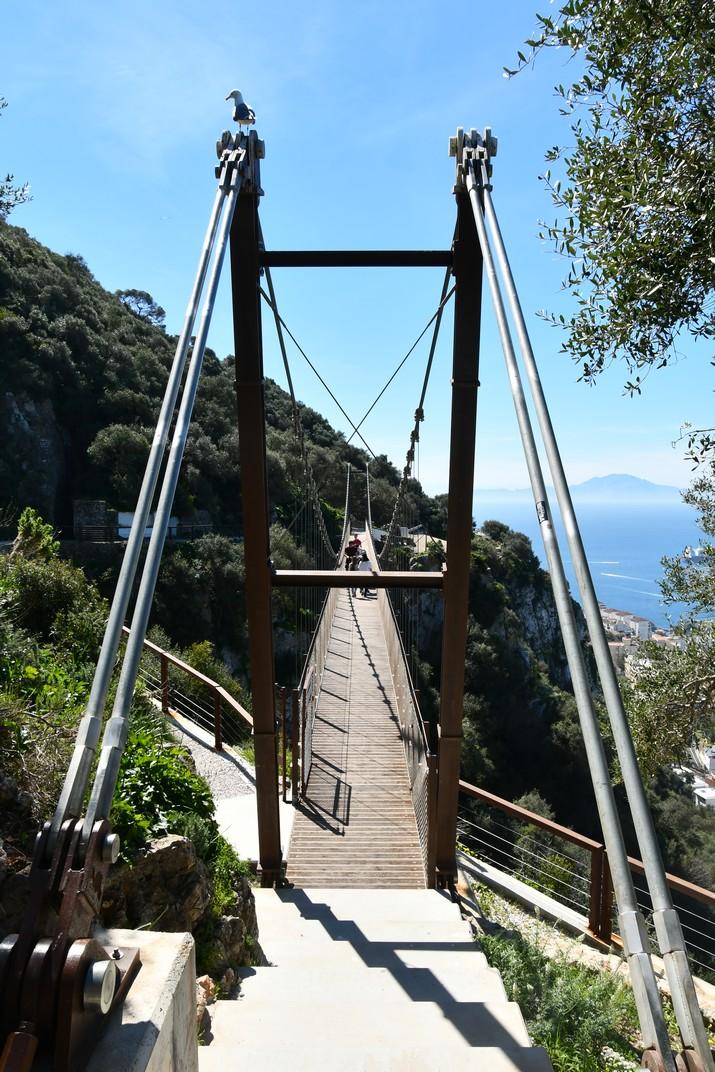 Entrada al pont penjant Windsor de Gibraltar