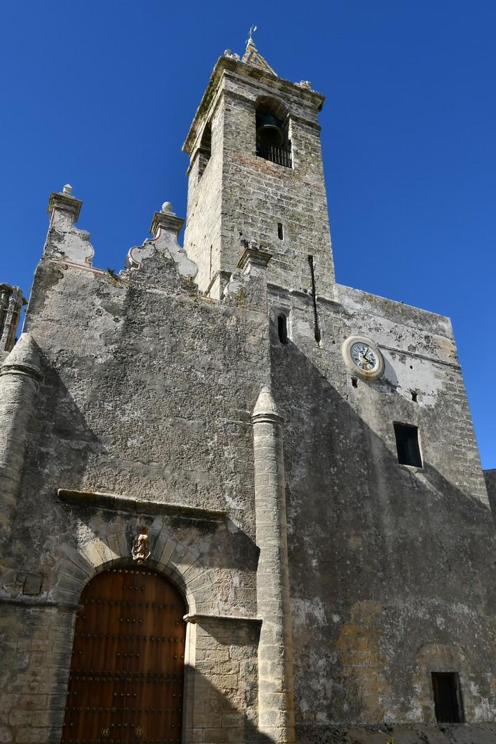 Façana lateral de l'església del Diví Salvador de Vejer de la Frontera