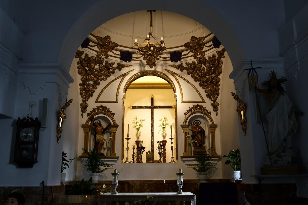 Interior de l'església de Sant Sebastià de Mijas