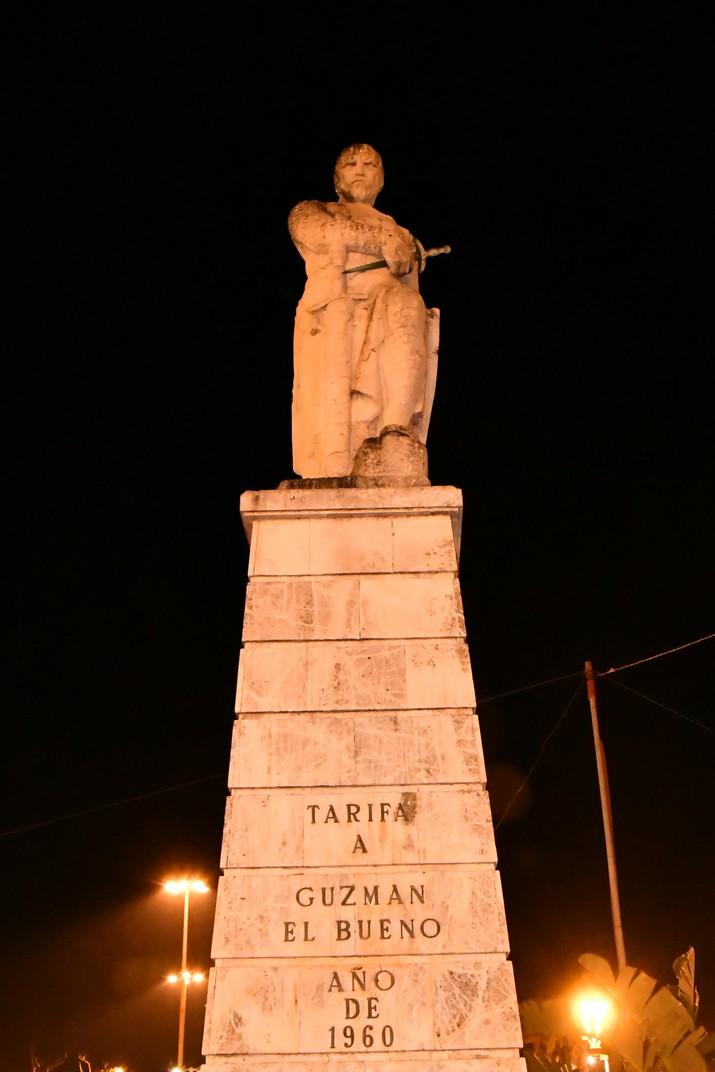 Monument de Guzmán del Bo de Tarifa