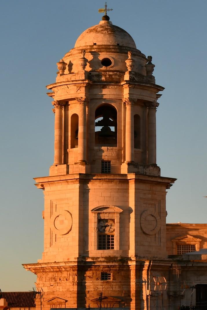 Torre del rellotge de la Catedral de la Santa Creu de Cadis