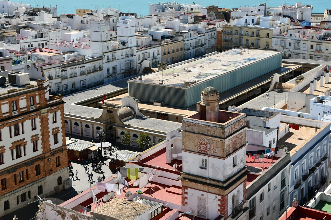 Vista des de la torre Tavira del Mercat Central de Cadis