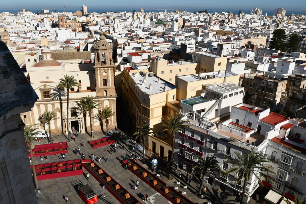 Vistas de la plaça de la Catedral de Cadis